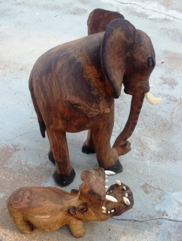 Jonas MISHE – Elefant & Flusspferd